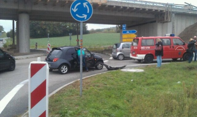 Hilfeleistung vom 09.10.2012     (C) Feuerwehr Muehlhausen (2012)