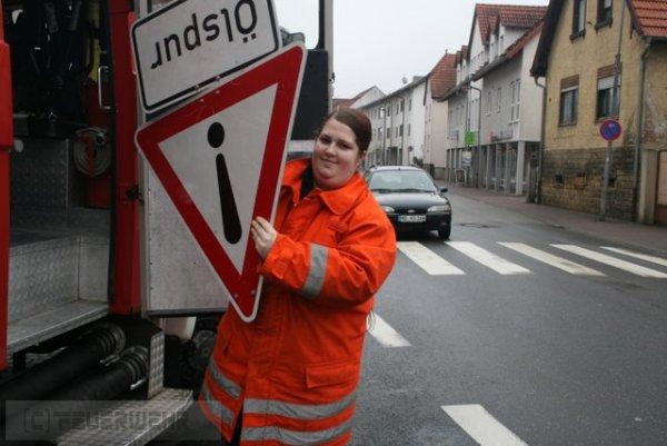 Hilfeleistung vom 25.02.2012  |  (C) Feuerwehr Muehlhausen (2012)